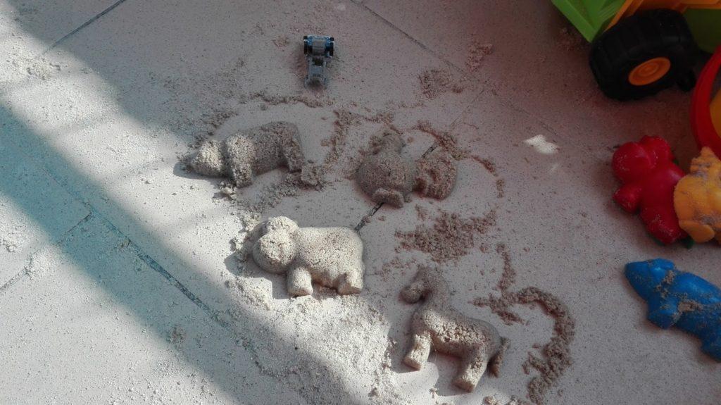 Mamo zrób mi piaskownicę...na balkonie! 3