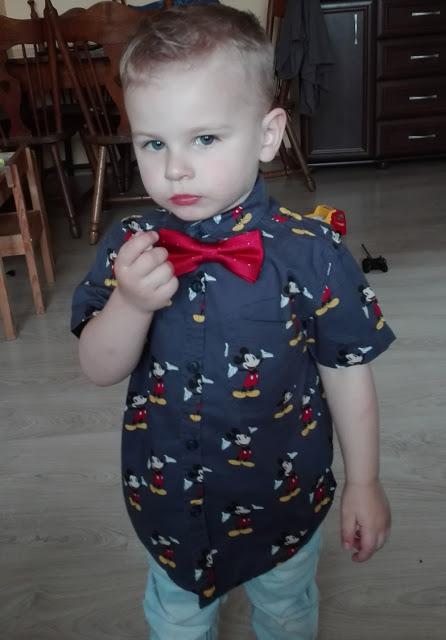 Jak ubrać dziecko na imprezę rodzinną? 1