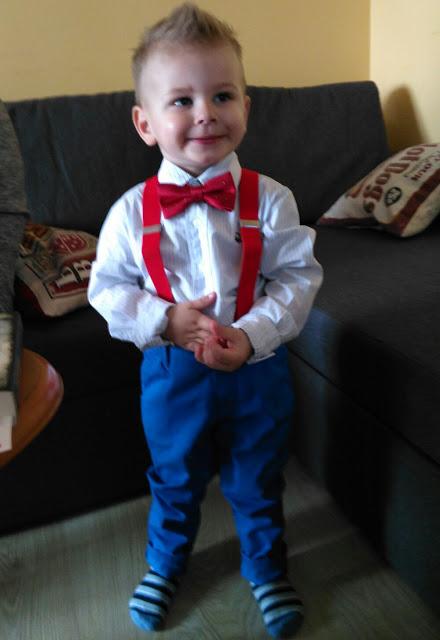 Jak ubrać dziecko na imprezę rodzinną?