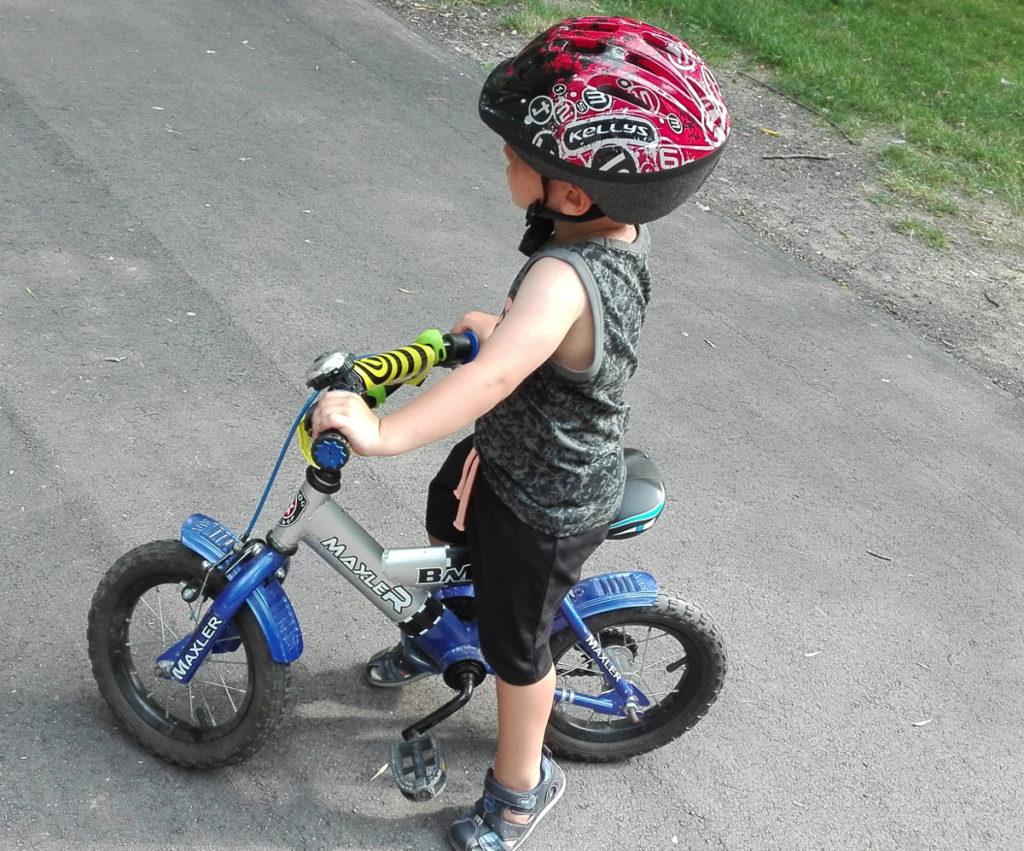 aktywne dziecko z astmąaktywn