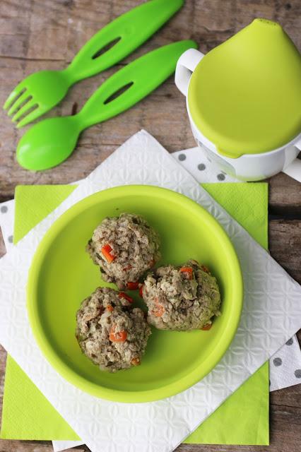 Gotowane pulpeciki z warzywami i pełnoziarnistą kaszą – idealne dla niejadków