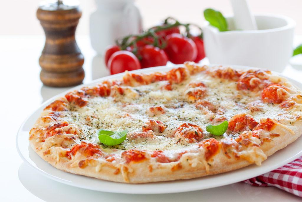 Domowa pizza z neapolitańskim spodem