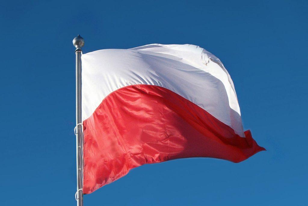 Jesteśmy Polką i Polakiem – jak wspierać postawy patriotyczne u dzieci?