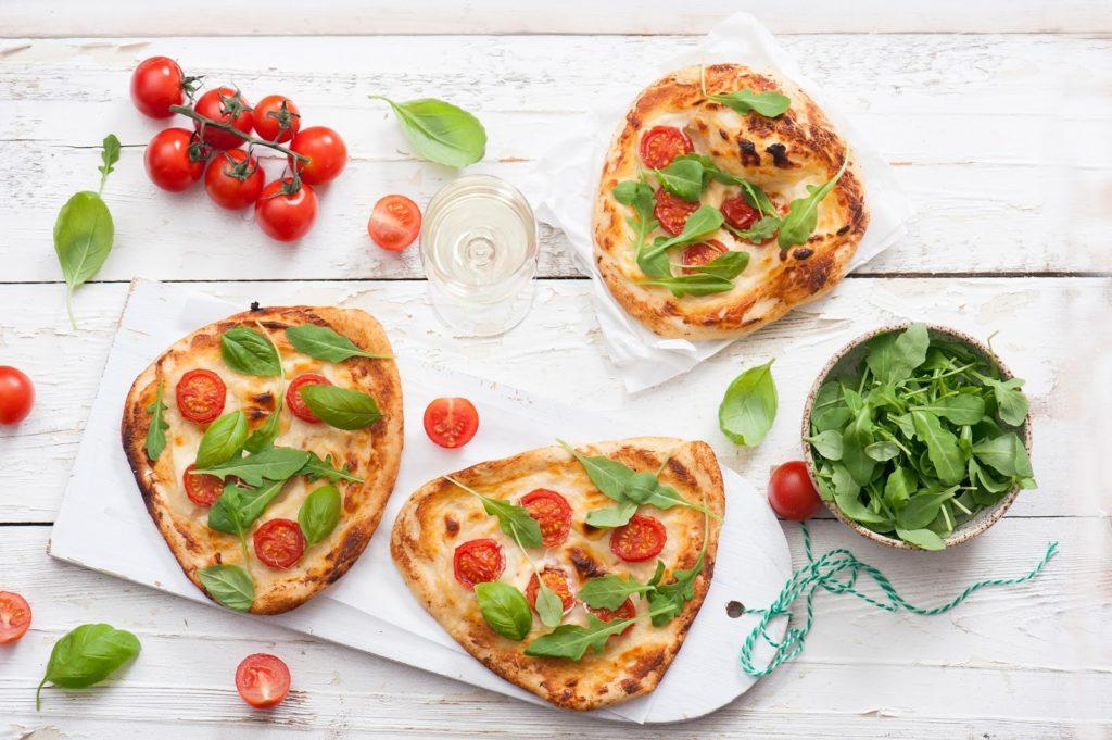 Hit dla dzieci – mini pizze z serkiem topionym!