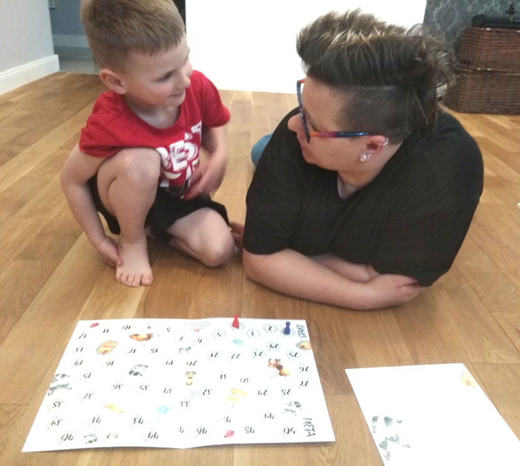 Ciekawskie zwierzaki – gra która pomoże zacieśnić więzi