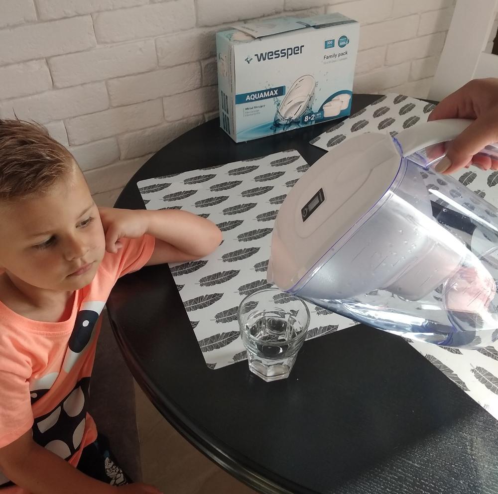 Jak zachęcić dziecko do picia wody? 1