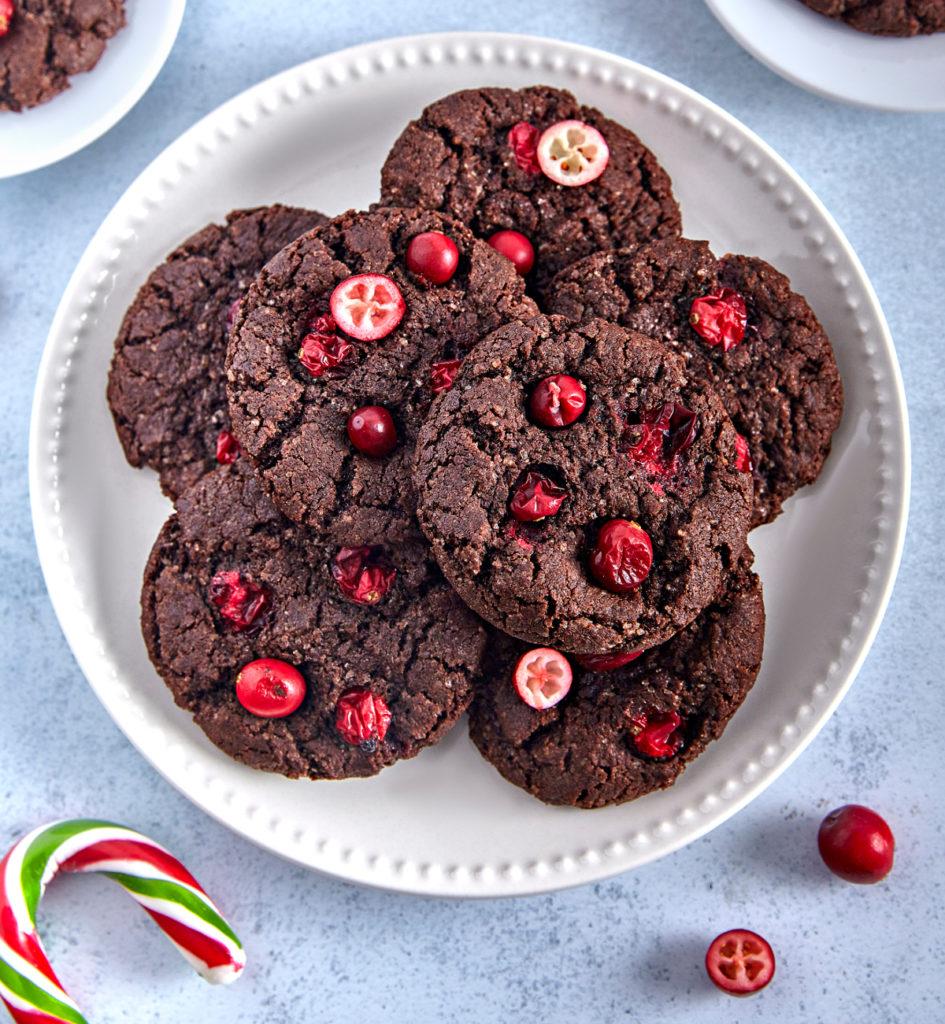 Nie masz pomysłu na świąteczne wypieki? Przygotuj ciastka z żurawiną!