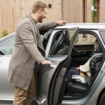 Bezpieczny fotelik samochodowy – jak wybrać?