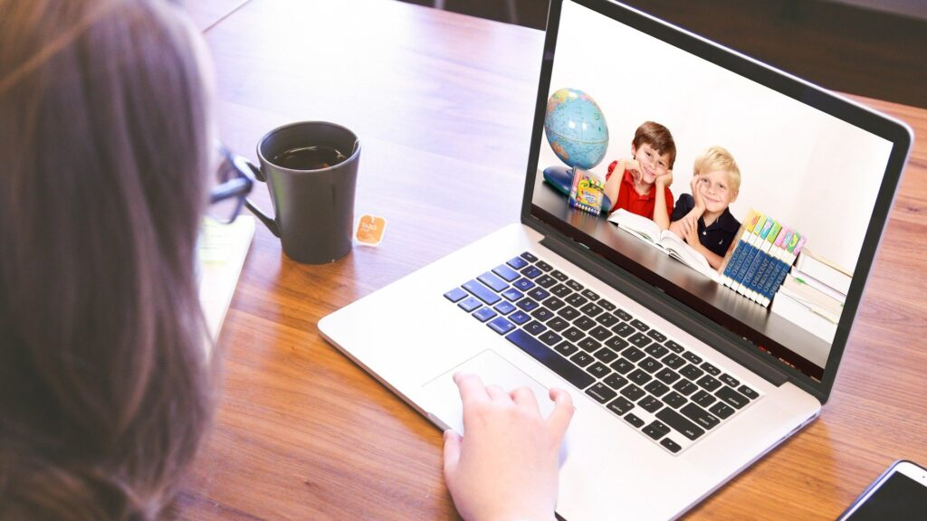 Czy nauka online może być efektywna?